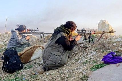 En ny division av Kvinnornas försvars enhet (YPJ) har bildats  i Şengal för att bygga upp en Şengal* Försvars Enhet (YBŞ), (Arabiska: Sinjar) (Kurdiska: Şengal) Södra Kurdistan Irakiska Kurdistan nära Mount Sinjar, med gräns nära till Syriska Kurdistan, Rojava, befolkat av bl.a. Yazidisk minoritet.)